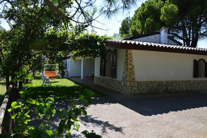 Villino Grande in campagna a Villapiana