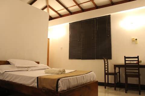 Residence Karunadhara; Heart of Colombo.