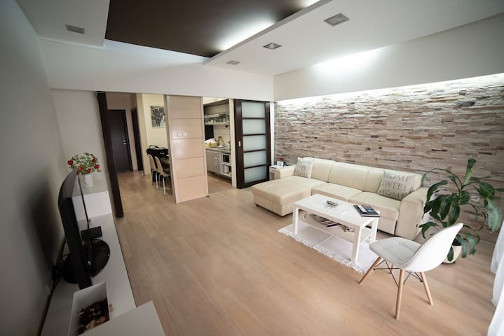 Apartment Milos