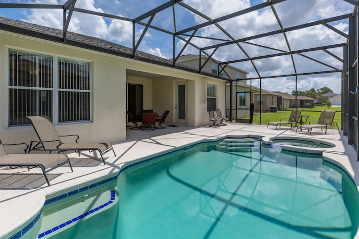 4B/3B GAME ROOM CRYSTAL COVE (1044 TD)