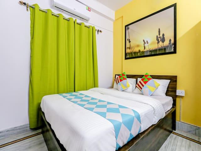 OYO - Classic 1BR Abode in Kolkata - Last Deal!