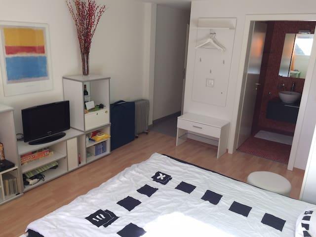 Studio moderne proche du centre de Bulle - Bulle - Byt