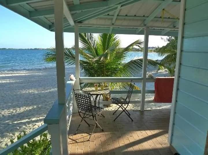 "Beach front Cabana w/ hammock- ""mar or playa""- VIP"