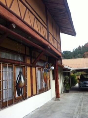 Casa Campestre - Turrialba - Casa
