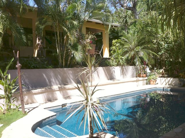 Esterillos Oasis - Costa Rica - Esterillos Oeste - Talo