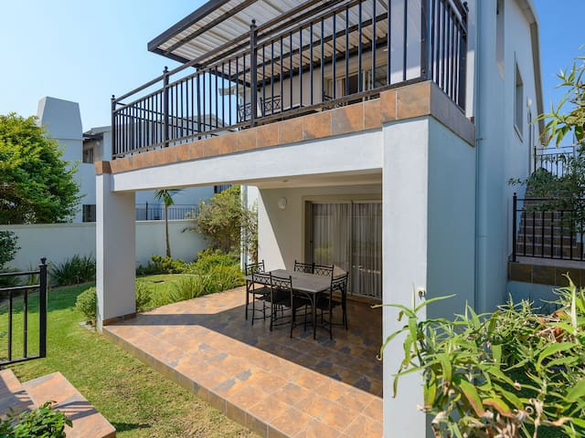 Table View Villas - Two Bedroom Apartment