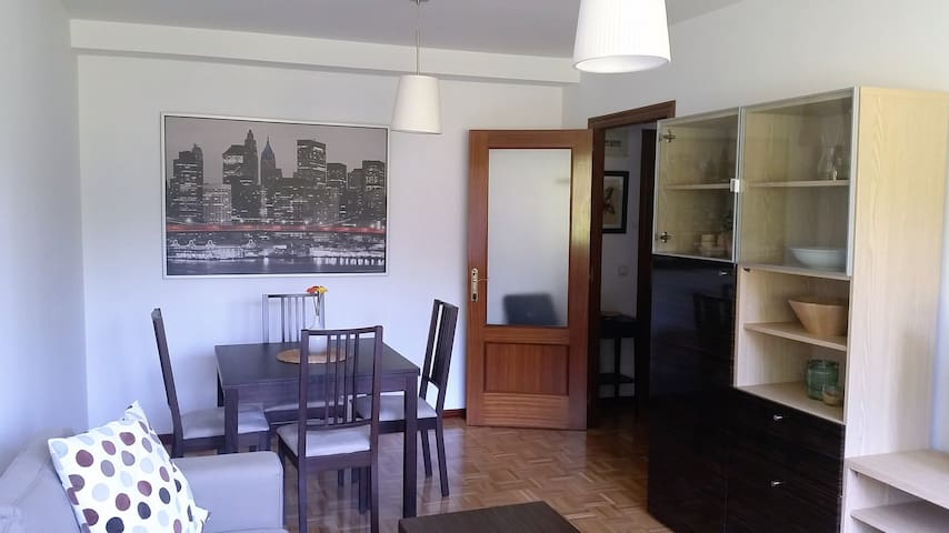 Beautiful apartment Oviedo free wifi and garage - Oviedo - Daire