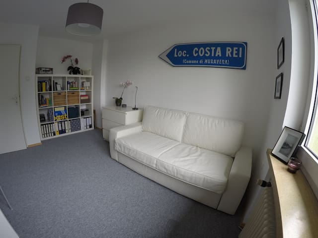 Cozy Place incl. free Parking & Breakfast - München - Apartment