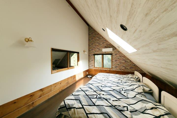 シングル3台の寝室