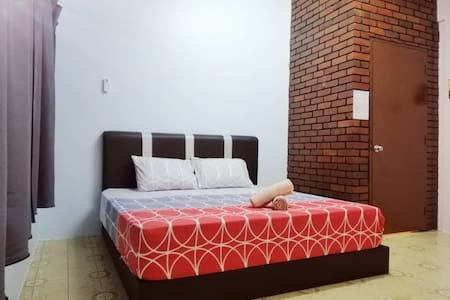 Take A Trip Bentong Homestay 1 King Bedroom C