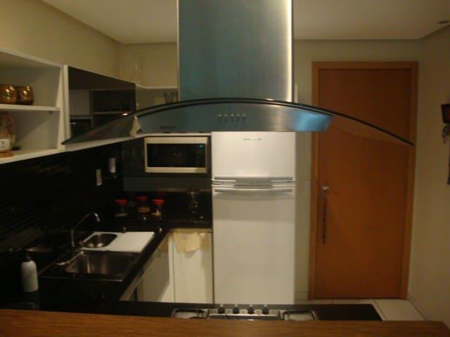 Lindo Apto 1 Quarto + 1 Reversível (quarto/sala) - Brasília