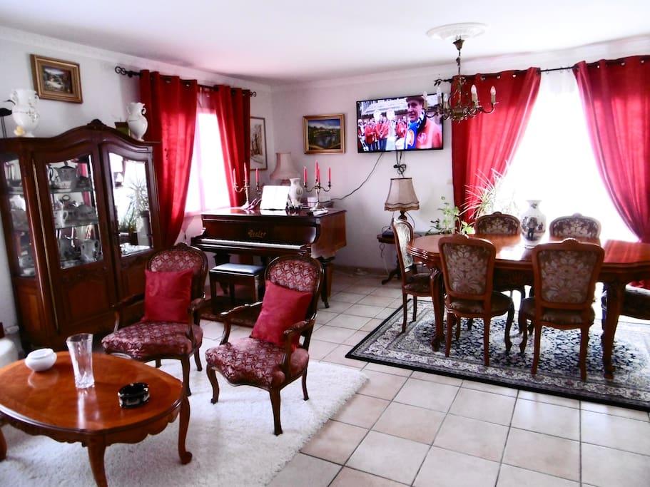 Espace mixte Salon et salle à manger