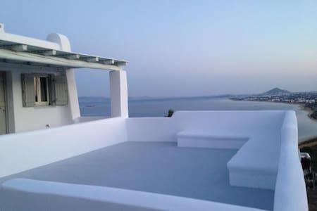 viila mousa apartments naxos orkos  - Наксос