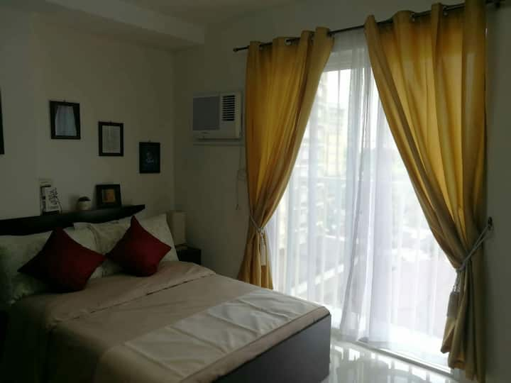 Cozy Fully Furnished Studio with Balcony and WiFi