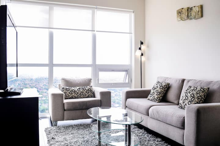 Luxury Furnished Junior Two bedroom! Square ONE!