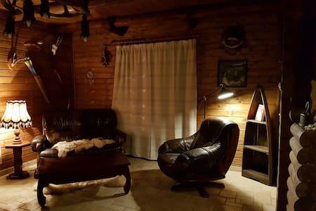 Wild&Free Private Lake& Log House - Nagycsepely - Chalé