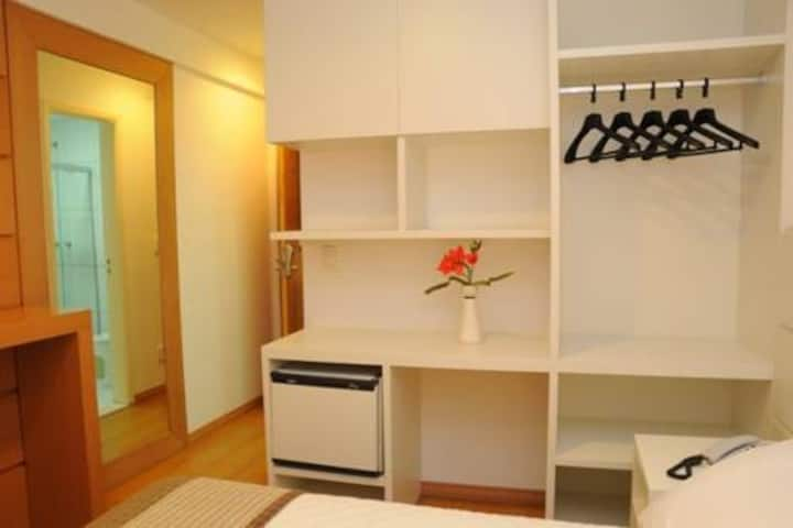 Shelton Hotel - Apartamento Standard Casal