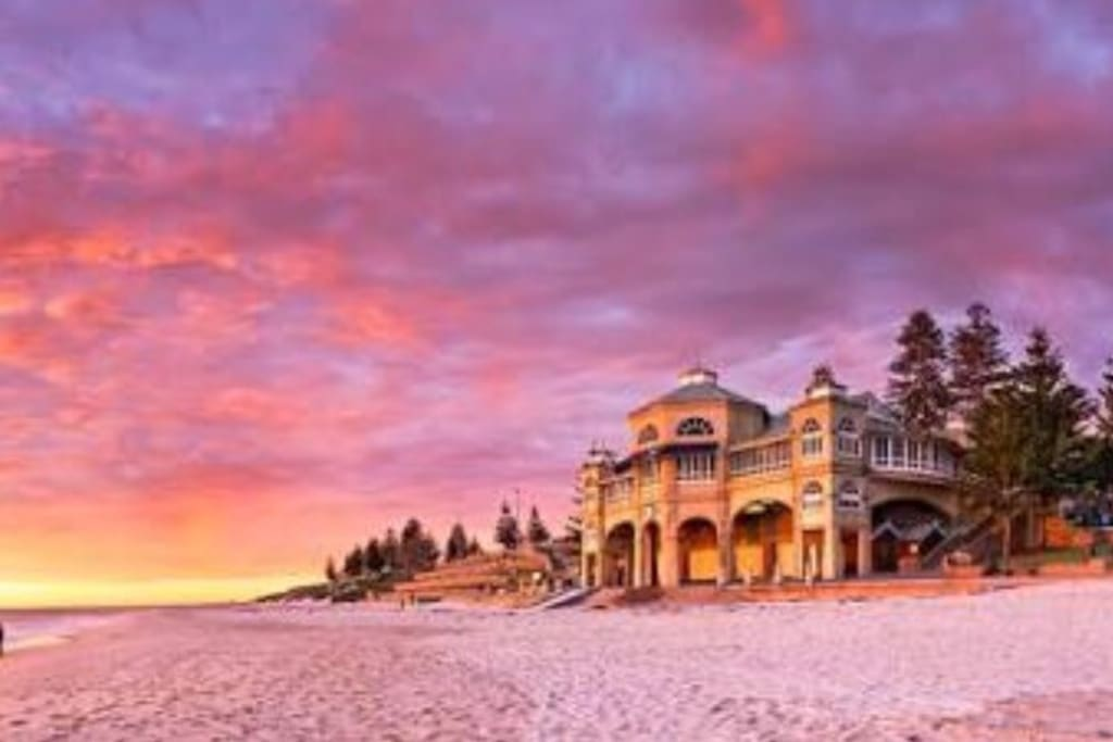 Sunsets Over Cottesloe Beach Apartments For Rent In