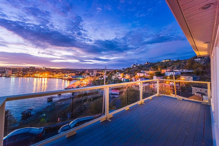 Unforgettable views + luxurious 3 bed/bath - St. John's