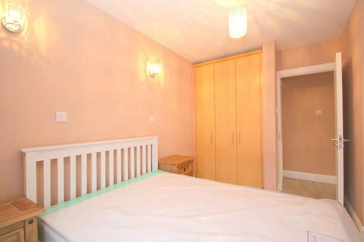 Beautiful Double Bedroom in Ballsbridge