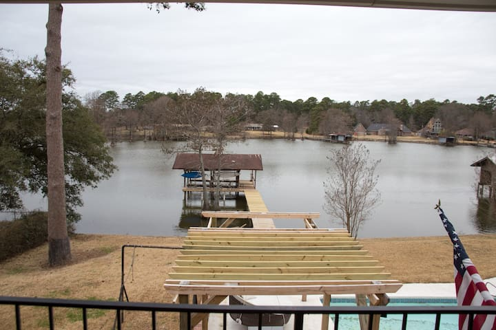 Quiet Cross Lake home with pool & hot tub