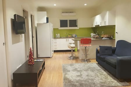 Brand New garden 3 bedroom home - Westmead