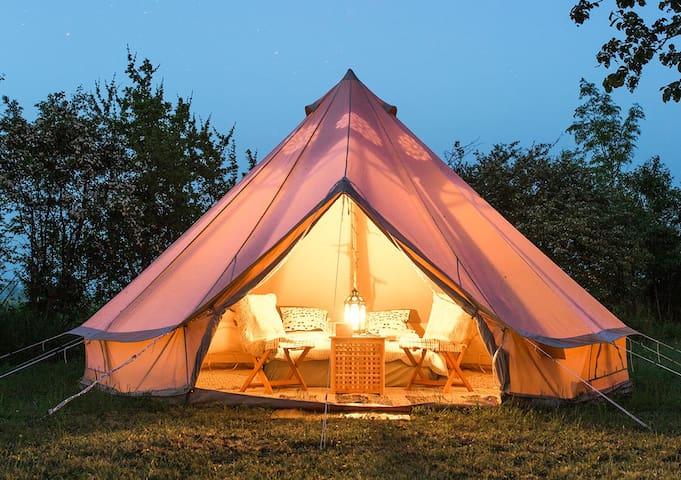 Glamping (glamorøs camping) i møblerte telt - Jevnaker - Σκηνή