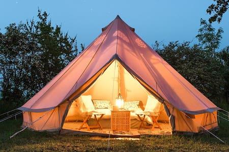 Glamping (glamorøs camping) i møblerte telt - Jevnaker - Zelt