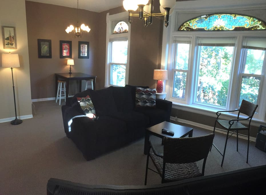 Charming 2 Br In Lincoln Park Apartments For Rent In Chicago Illinois United States