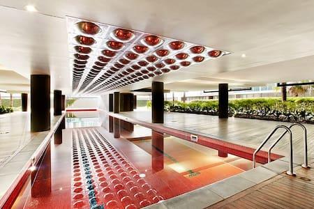 Port Melbourne Beach Apartment & Resort Living