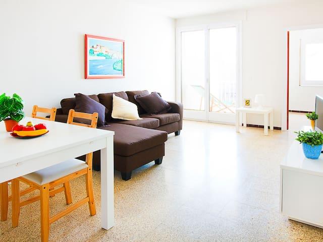 4-room apartment 70 m² TRINITAT in Roses for 5 persons