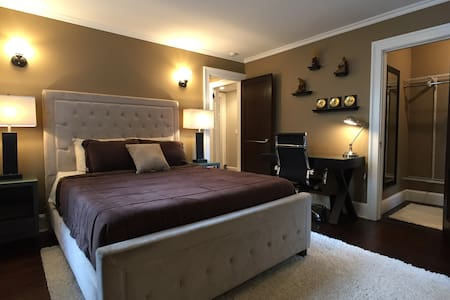 Luxury bedroom in perfect location - West Hartford - Byt
