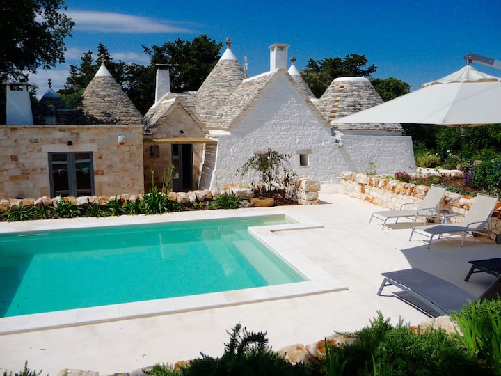 Trulli country living close to centro storica