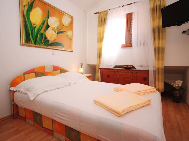 Sweet apt in a quiet area - Makarska - Appartement