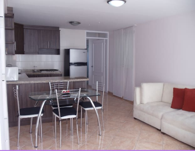 Charming and safe flat in Miravalle near USFQ