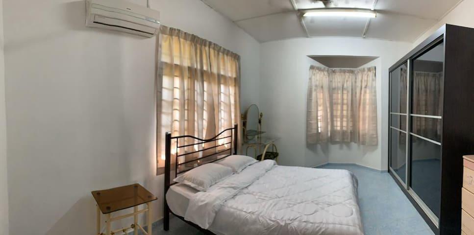 Bedroom 1-master bedroom
