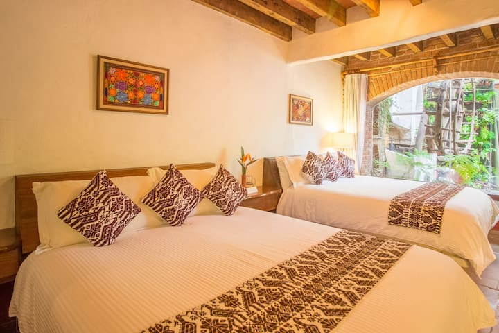 Private Room 4 Guests in Valle de Bravo`s Downtown