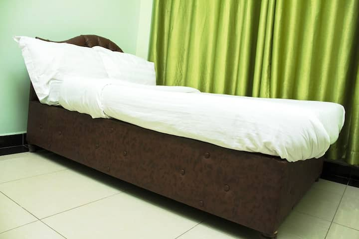Budget Accommodation  in Nairobi - Single Room