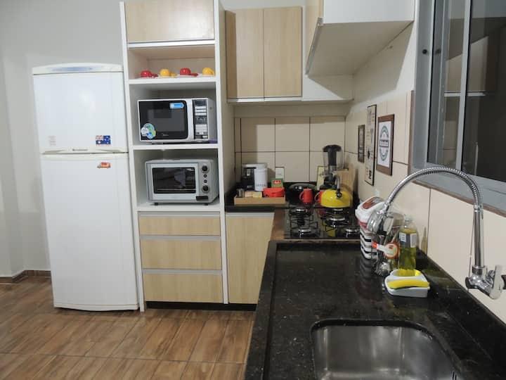 Apartamento Inteira Mobiliado com garagem