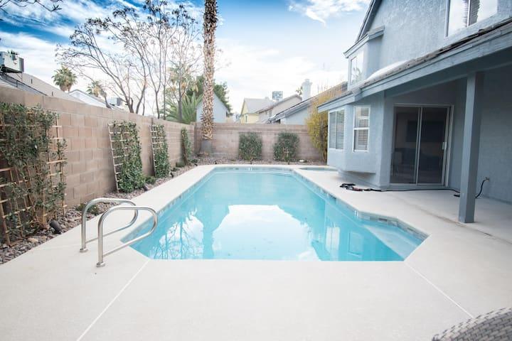 Private Pool & Spa retreat in Las Vegas