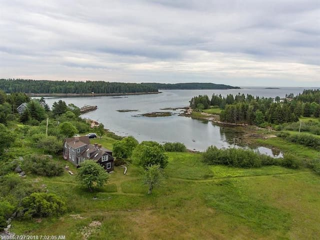 Restored Farmhouse on Rowe Cove - views for days!
