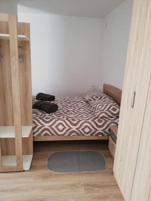 Studio apartman Kristina, 3*