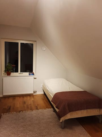 Room in a new house outside Lund, 4km from MAX IV