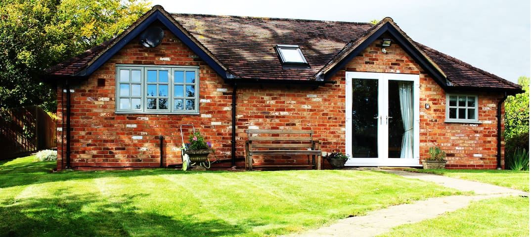 Polly Cottage