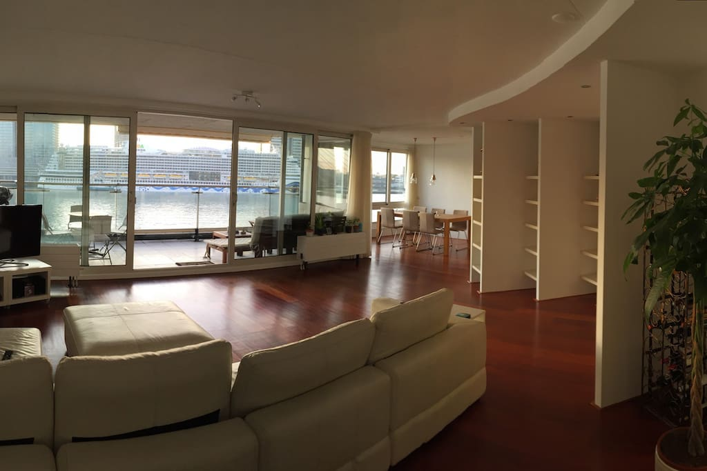 Living room - also with spectacular view!      Polished oak floor, large screen tv with internet, wifi