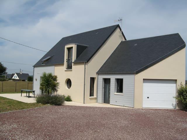 Villa 50 M de la Mer / 8 personnes /vélos/canoës - Saint-Jean-de-la-Rivière - Holiday home