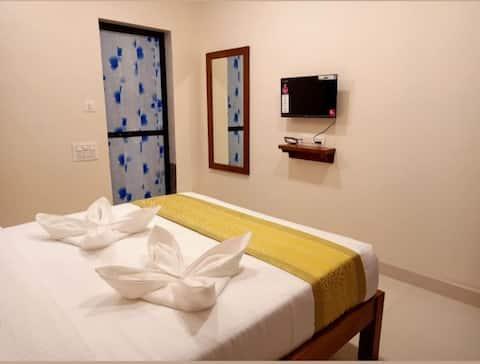 Deluxe rooms ( baga beach )