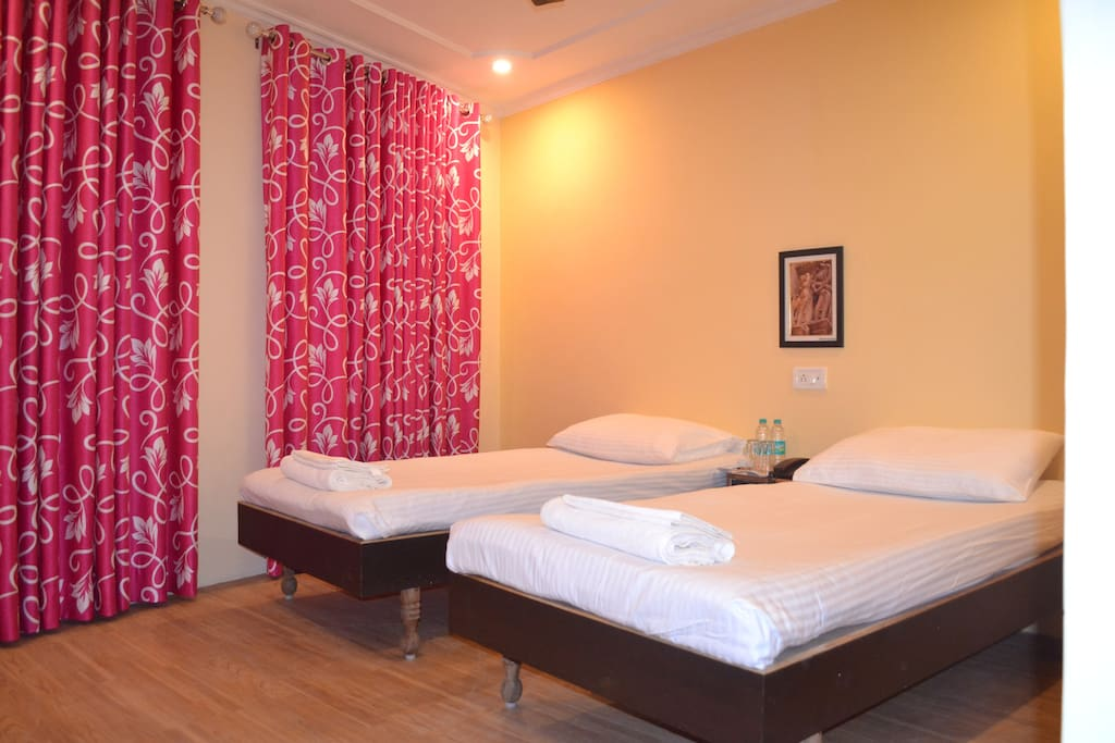 Single Room For Rent In Varanasi