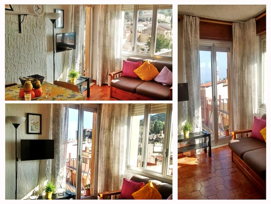 Living room with panoramic views of the historic city