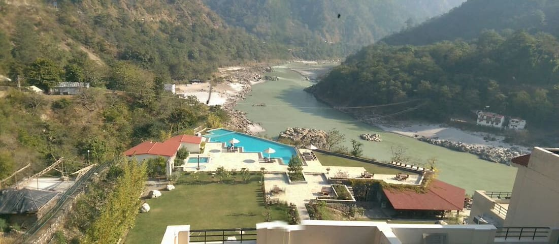 Luxury 2BD fully furnished flat, near LaxmanJhula. - Rishikesh - Apartment